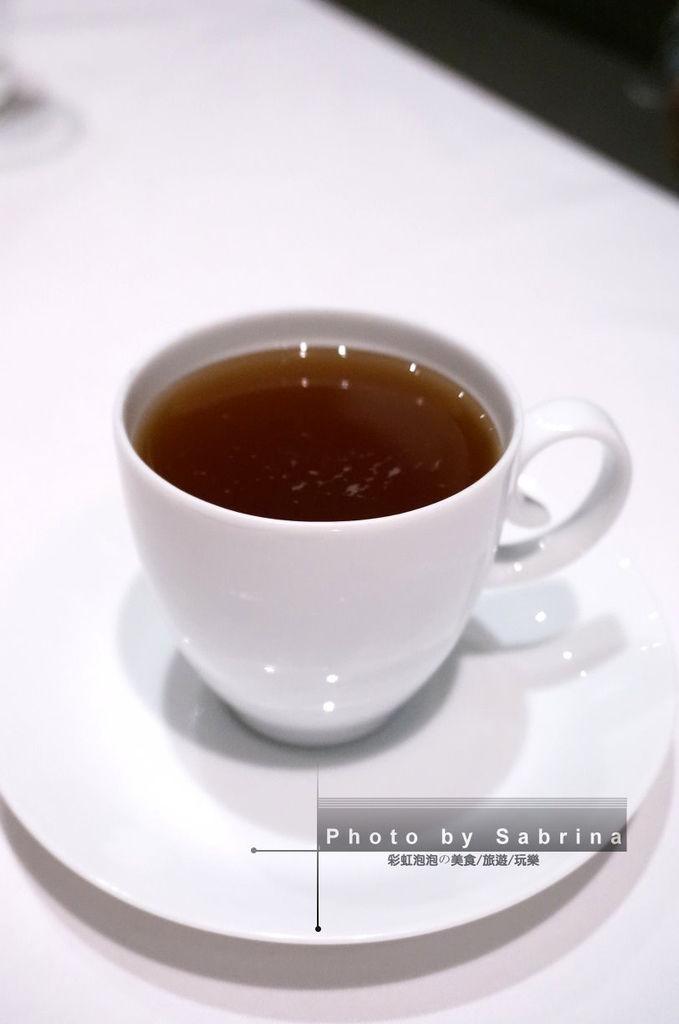 37.熱紅茶