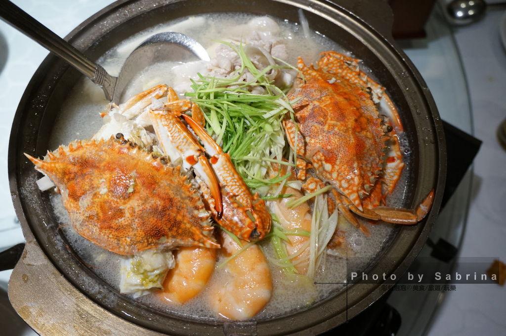 19.酸菜花蟹鍋