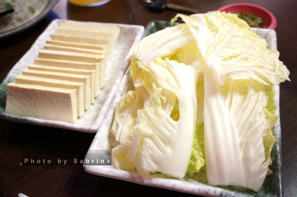 8.砂鍋酸蘿蔔老鴨湯-配菜