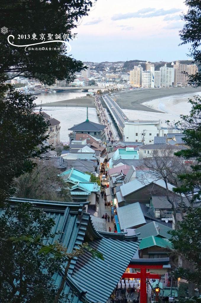 297.俯瞰參道商店街、江之島弁天橋、鐮倉市街