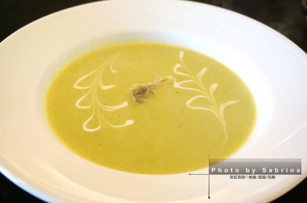 13.萊法小館-青豆濃湯