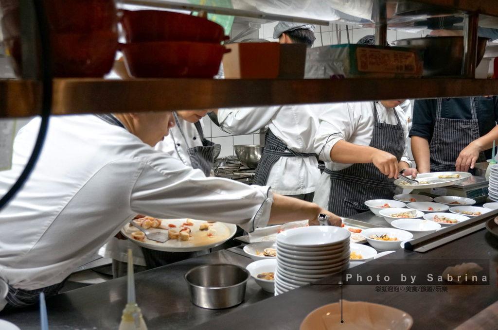 49.K2小蝸牛忙碌的廚房