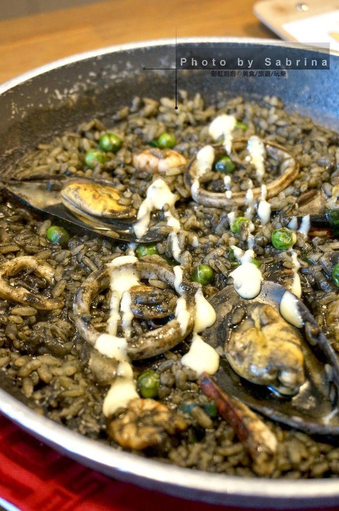 16.Diezi碟子西班牙料理-西班牙墨魚海鮮燉飯