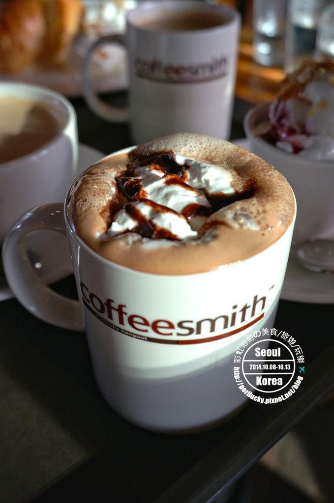 117.coffee smith弘大店-熱摩卡咖啡