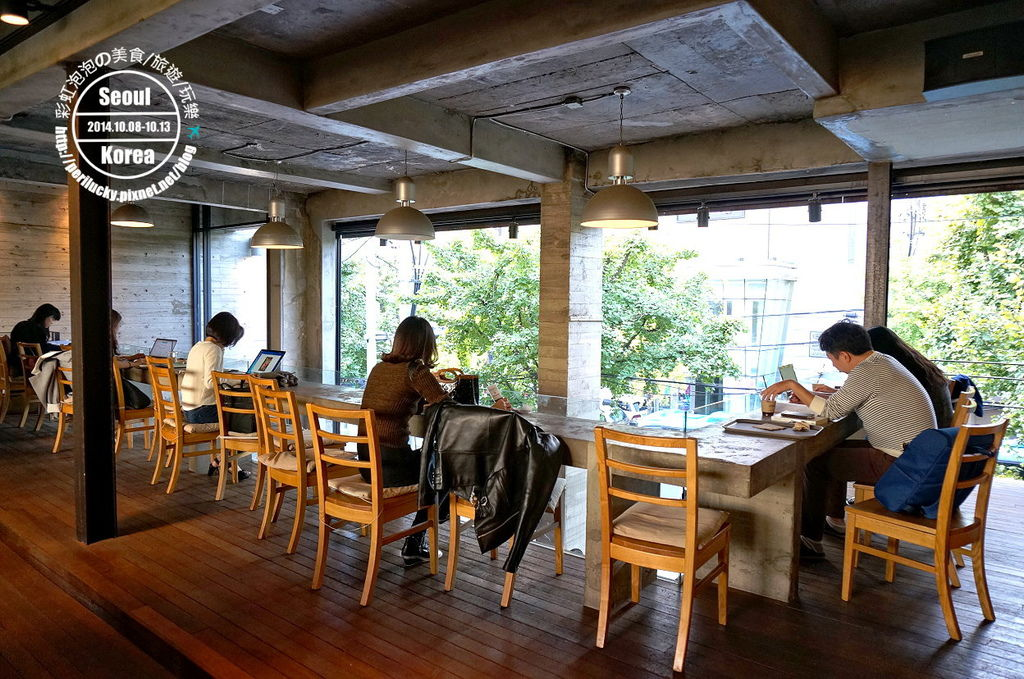 115.coffee smith弘大店
