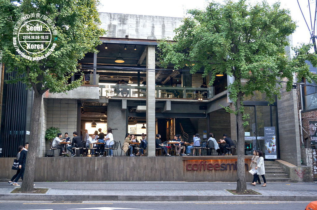 104.coffee smith弘大店