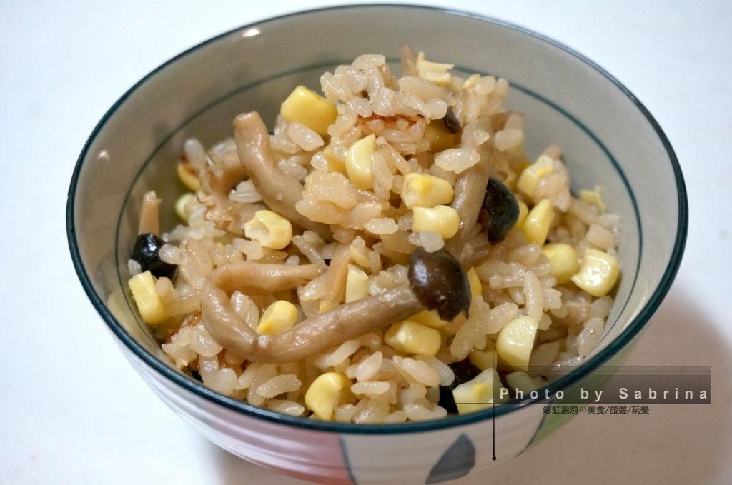 11.菇類玉米炊飯