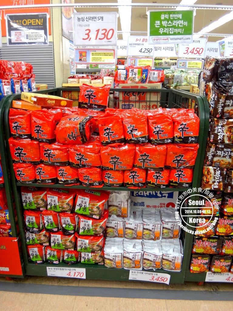 25.樂天超市-泡麵