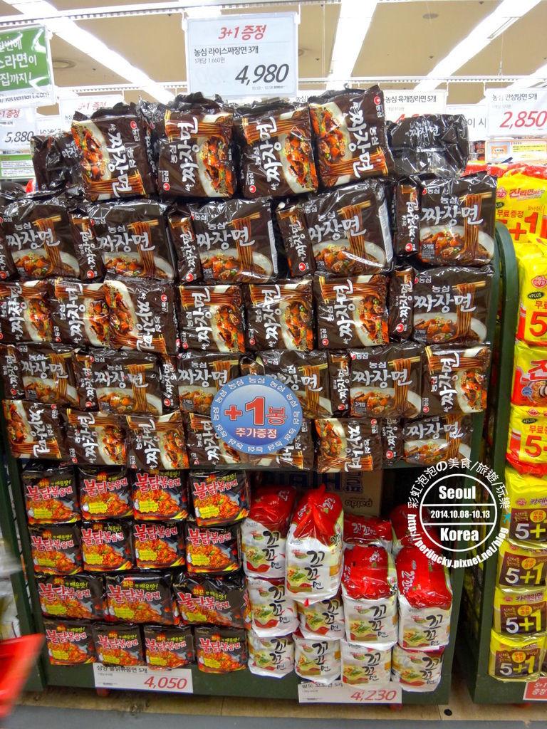 22.樂天超市-泡麵