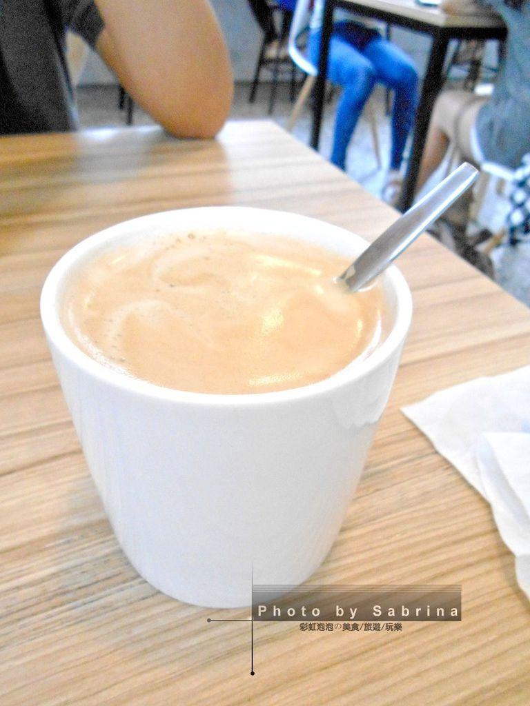 16.小家朝食-熱美式咖啡