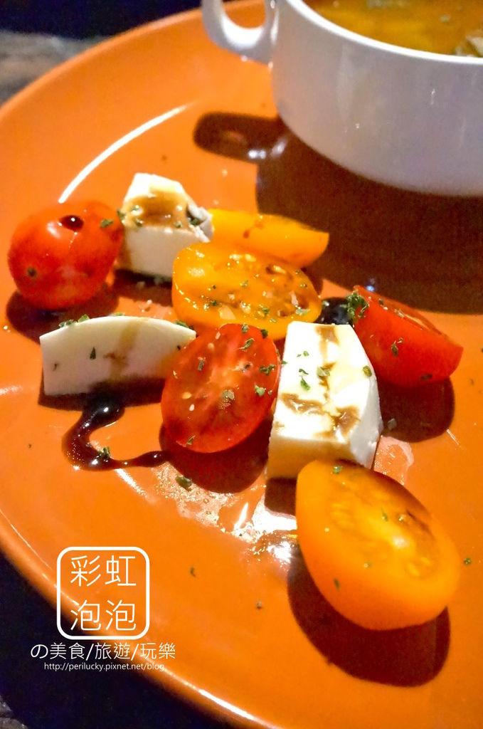 14.吃東西-前菜-義式蕃茄乳酪
