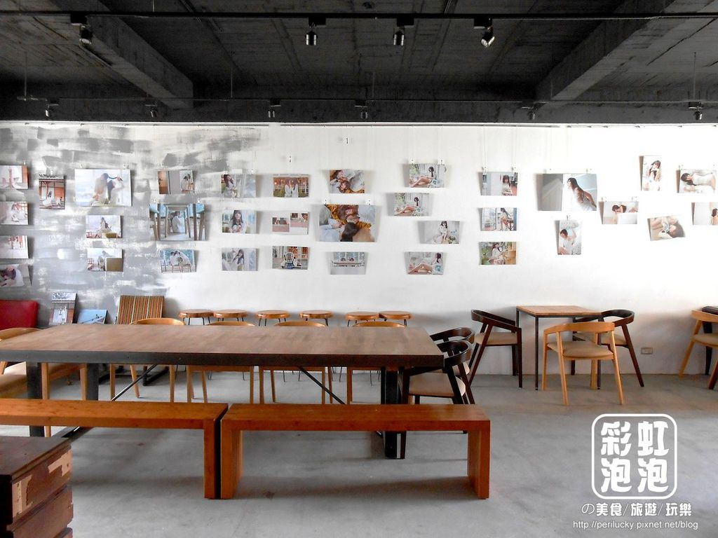 8.Smoker煙燻咖啡-二樓用餐空間