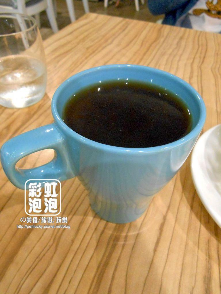 8.覺樂咖啡-附餐熱美式咖啡