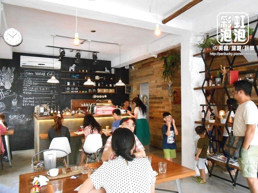 5.斑馬散步咖啡-一樓空間
