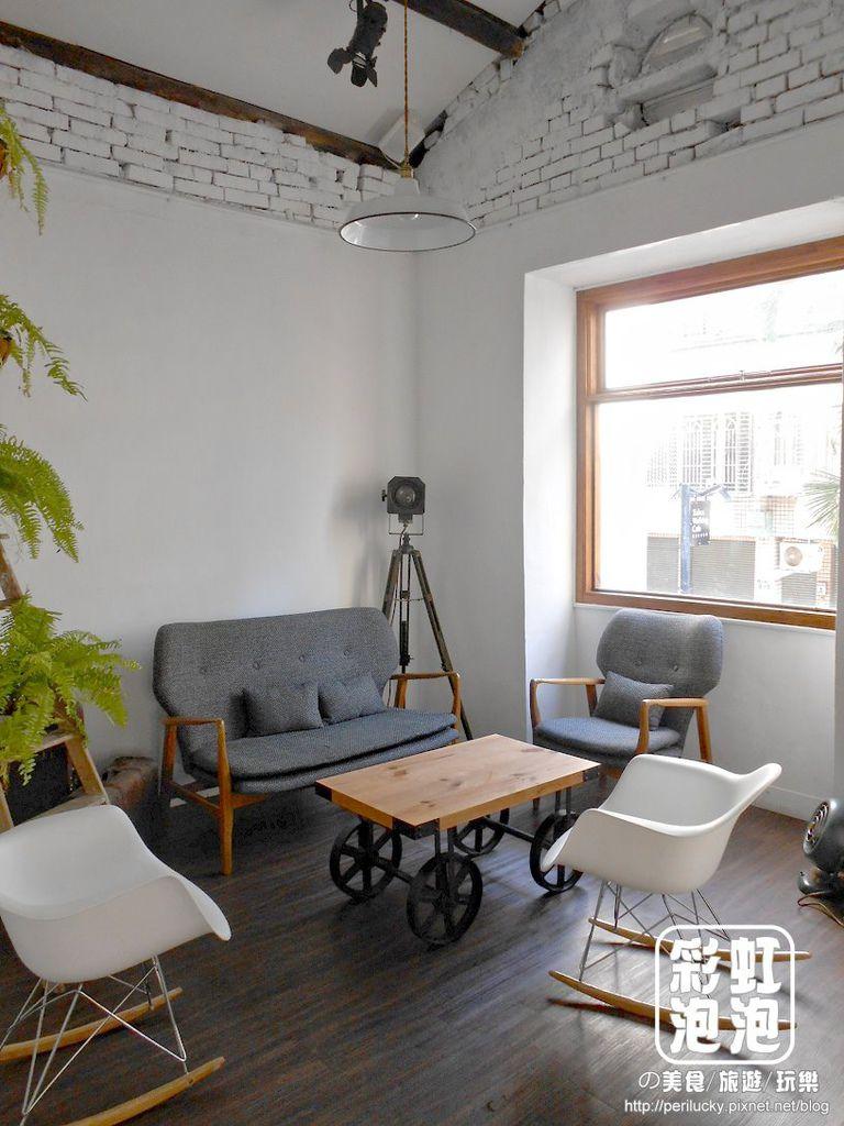 12.斑馬散步咖啡-二樓空間