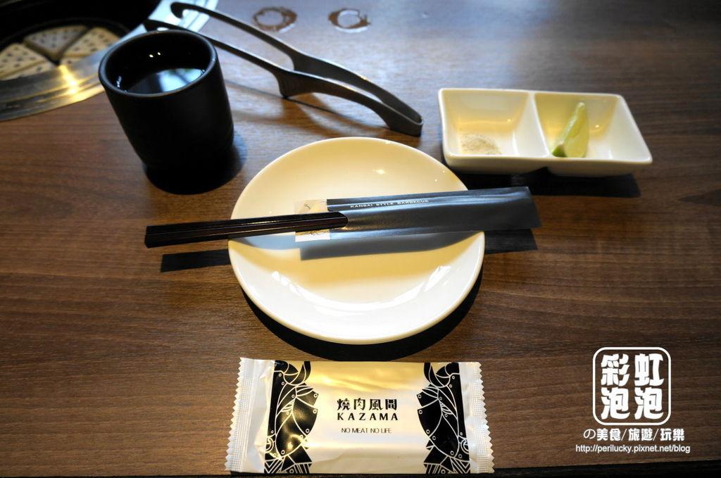 13.燒肉風間-餐桌擺設