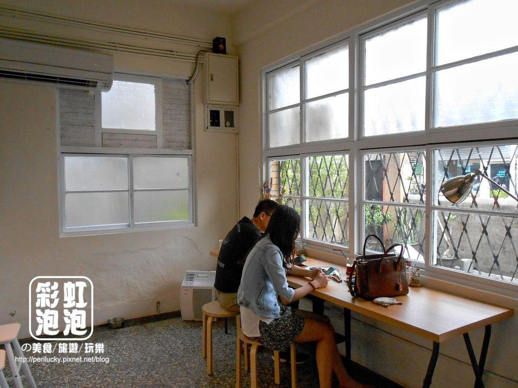 6.嗝咖啡gé cafe-內部空間.jpg