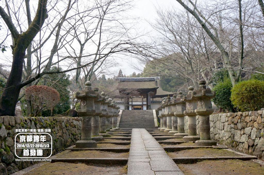 73.三井寺-四腳門.jpg