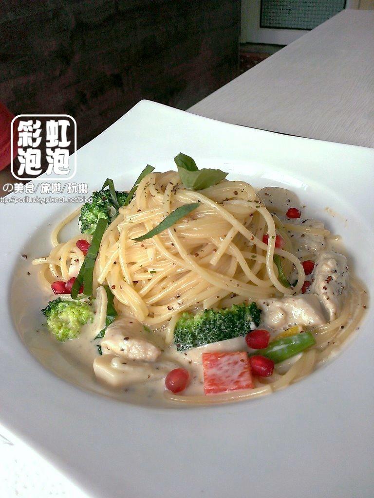 9.麥Mia Pasta 義大利麵坊-奶油芥末籽雞肉義大利麵.jpg