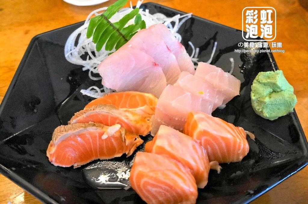94.樂屋日本料理-樂屋和風生魚片.jpg