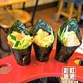 97.樂屋日本料理-飛魚卵手捲、烤鮭魚肚手捲.jpg
