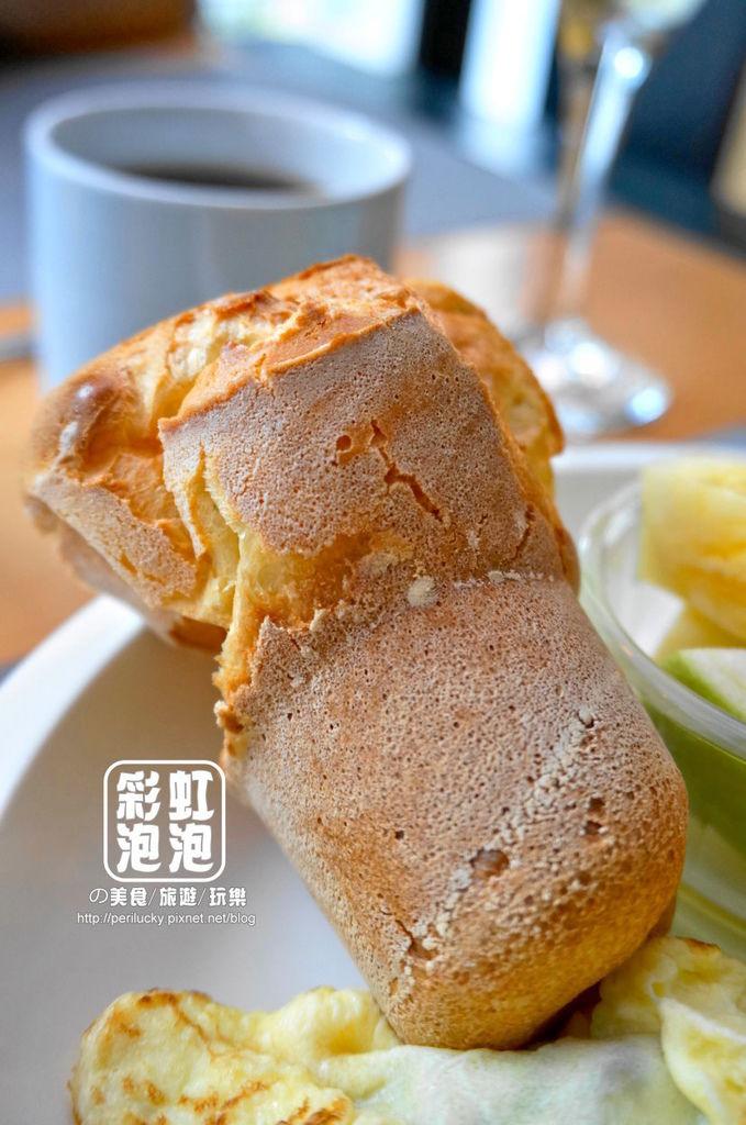 15.P+ house-popover麵包.jpg