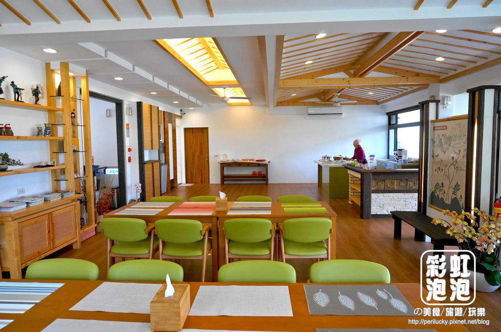 5.荳田町民宿-餐廳兼交誼廳.jpg