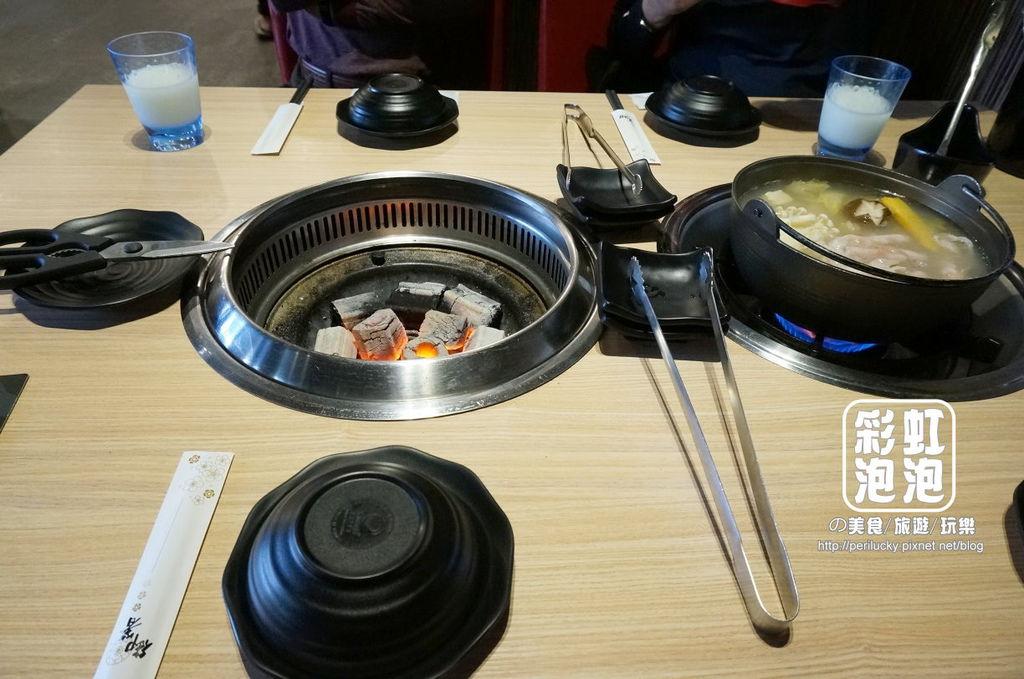 13.熊炭日式炭火燒肉-餐桌擺設.JPG