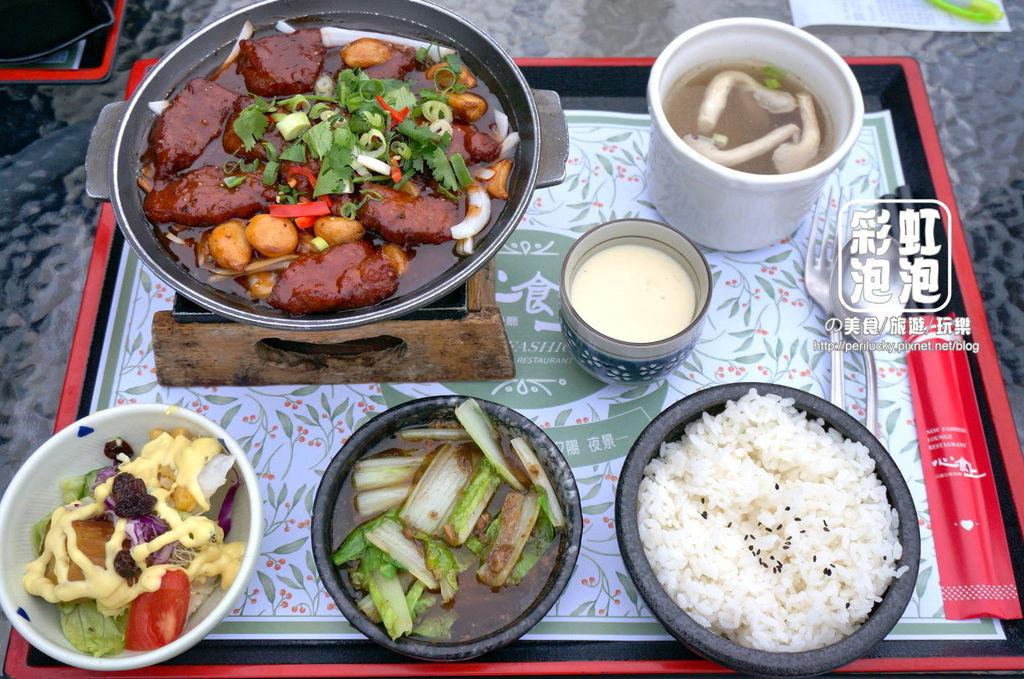 8.心食上現代飲食-蒜子牛肉陶板餐.jpg