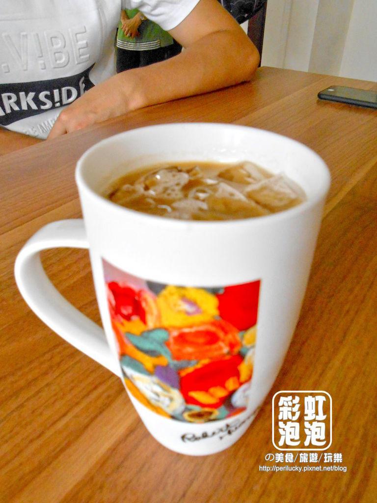 25.台中市役所-市役所拿鐵咖啡.jpg