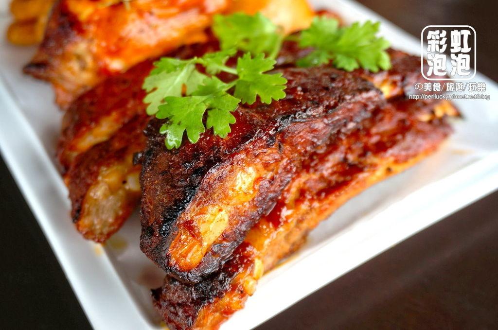 10.紅色倉庫美式餐廳-雙人套餐-BBQ炙燒豬肋排.jpg