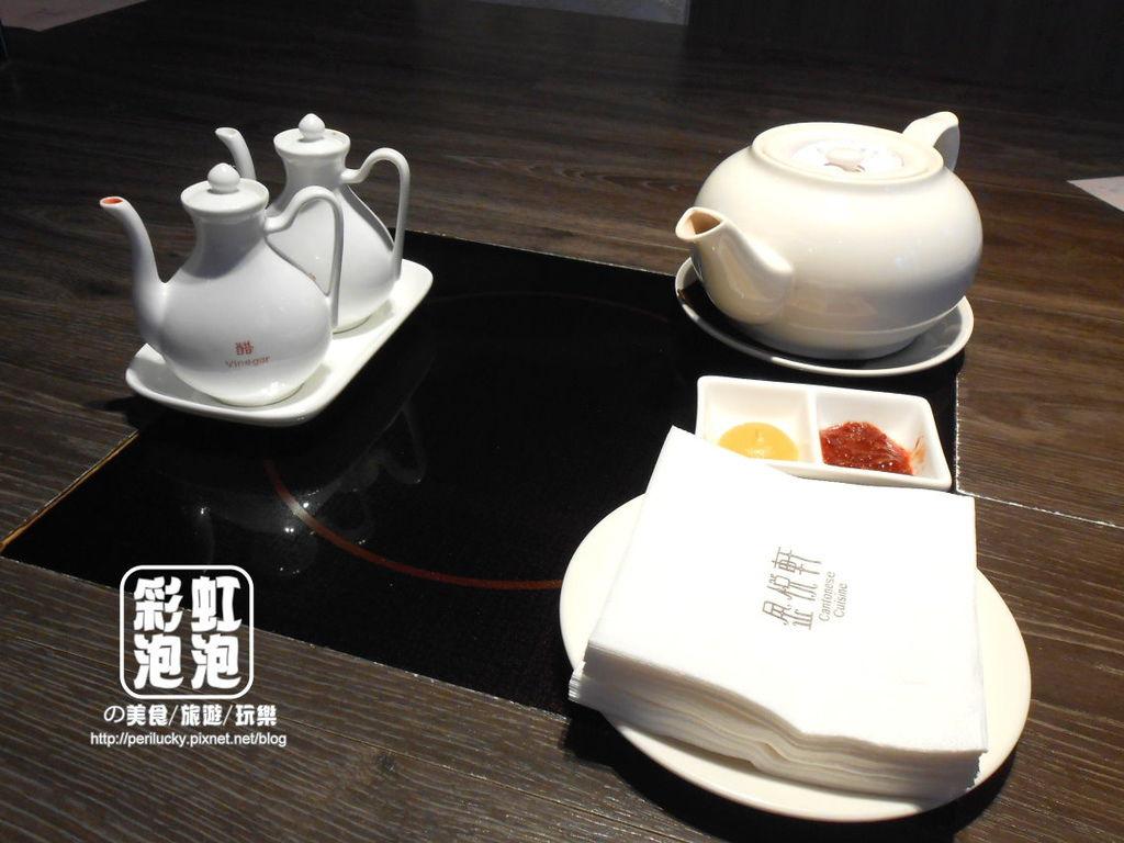 5.金悅軒-餐桌擺設.jpg