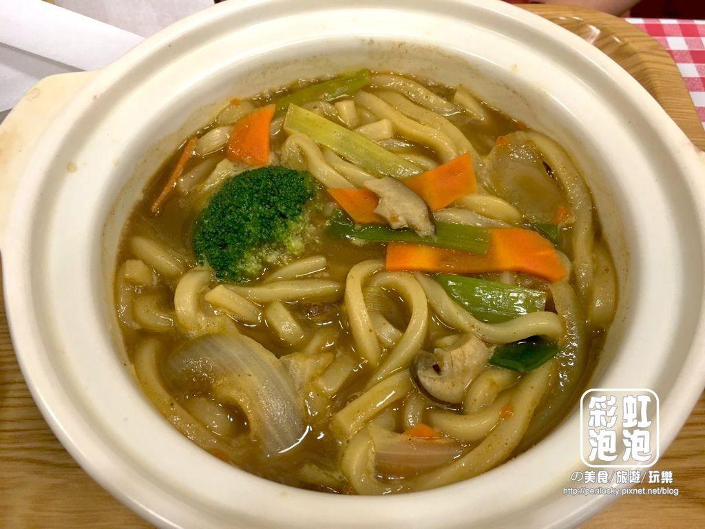 13.kitchen micoro-咖哩烏龍麵.JPG