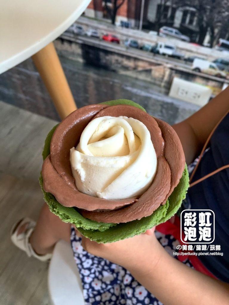 11.布達佩斯冰淇淋專賣店-玫瑰花冰淇淋 (2).jpeg