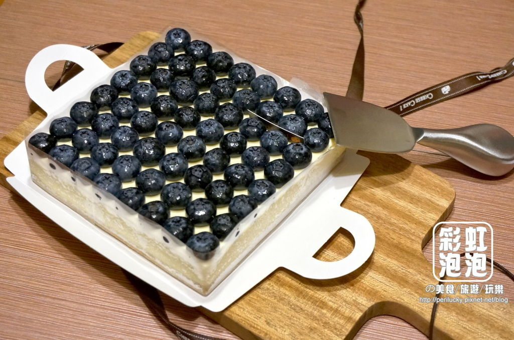 1.CheeseCake1 頂級精品乳酪蛋糕-奢侈 Blue Man.jpg