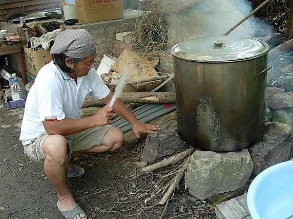 煮黑豆.JPG
