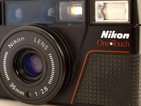 Nikon L35 AF-2 One Touch_06.JPG