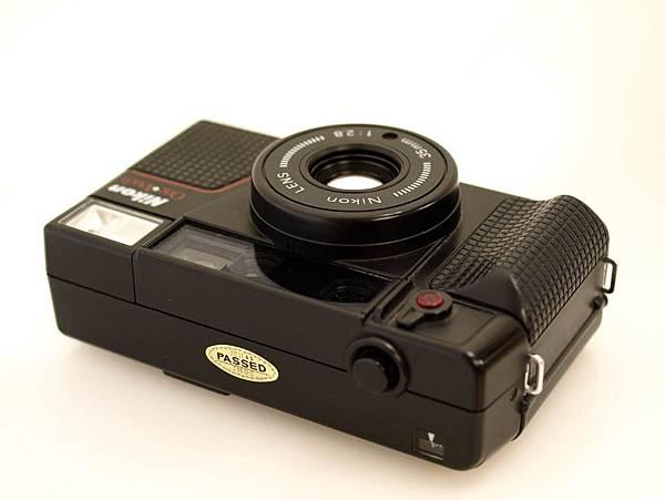Nikon L35 AF-2 One Touch_03.JPG