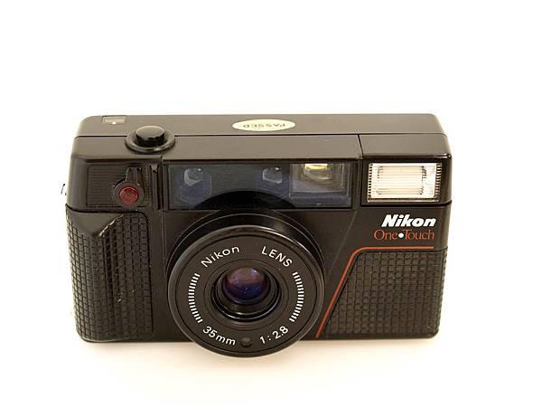 Nikon L35 AF-2 One Touch_02.JPG