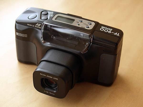 76mm 焦段時的鏡頭的長度
