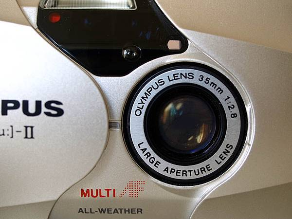 35mm f2.8 的定焦鏡頭
