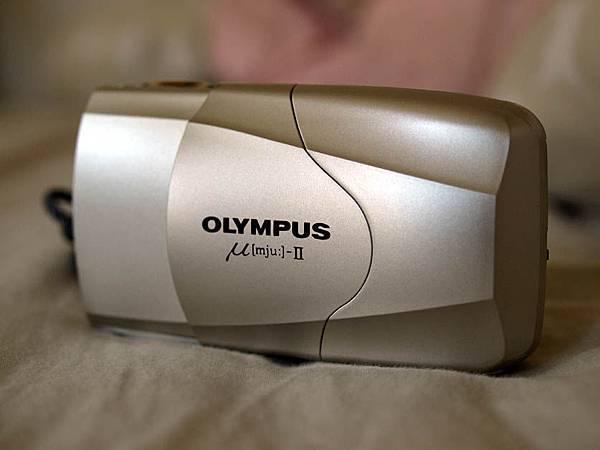 Olympus Mju-II 闔蓋的模樣