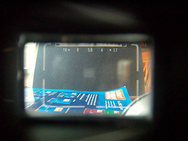 viewfinder of Canon QL17.jpg