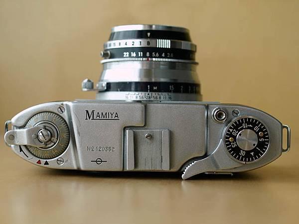Mamiya 35 III_04.jpg