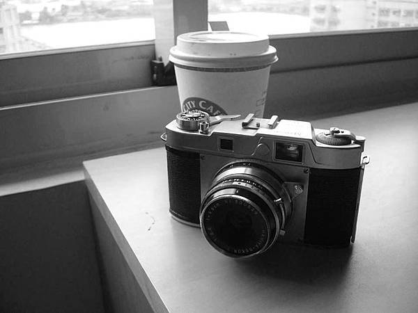 Mamiya 35 III by the window.jpg