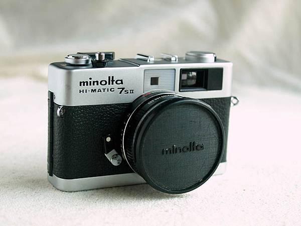 Minolta Hi-Matic 7s II_02.jpg