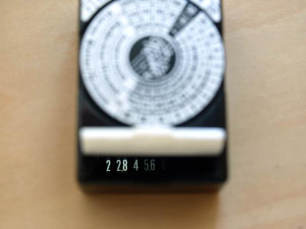 08_Filux Platin_Light-meter.jpg