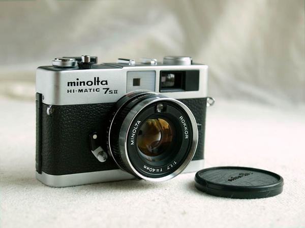 Minolta Hi-Matic 7s II_03.jpg