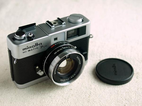 Minolta Hi-Matic 7s II_04.jpg