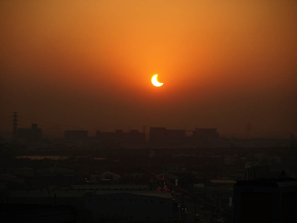 solar eclipse on Jan-2010_02.JPG
